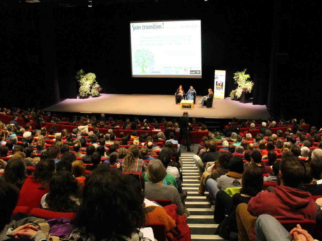 Vandana Shiva à Rennes devant 700 personnes